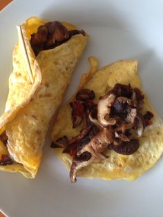 Mushroom wrapped in egg Cohen Diet Recipes, Dukan Diet Menu, Healthy Options, Healthy Recipes, 3 Ingredient Dinners, Key Food, Cooking White Rice, Indian Breakfast, Low Carb Lunch