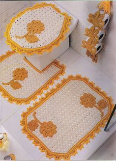 Add a special sense of beauty to your bathroom with this group of beautiful crochet sets ********** Crochet Kitchen, Crochet Home, Knit Crochet, Bathroom Crafts, Bathroom Rugs, Granny Square Crochet Pattern, Crochet Patterns, Crochet Decoration, Beautiful Crochet