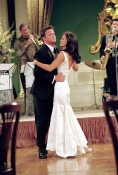 Chandler, Monica ~ Friends Episode Stills ~ Season 08, Episode 1 - The One After I Do