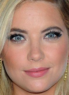 Close-up of Ashley Benson at the 2015 iHeartRadio Music Festival. http://beautyeditor.ca/2015/09/28/best-beauty-looks-zoe-saldana
