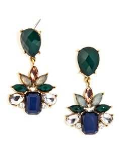 These stunning drops boast quite the regal look thanks to a bevy of elegant navy and brilliant topaz gems.
