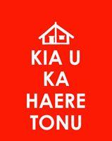 'Keep Calm and Carry On' i te reo rangatira! Pai rawe atu a Aroha Lewin!