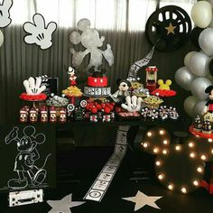 Mickey Party, Mickey Mouse 1st Birthday, Baby Mickey, Minnie Mouse Party, Second Birthday Ideas, First Birthday Party Decorations, Wild One Birthday Party, 3rd Birthday Parties, Mickey Vintage