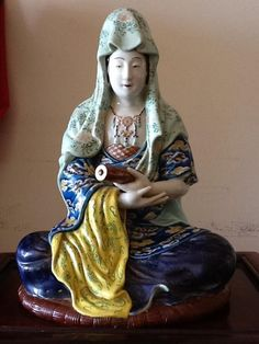 AN OLD SO BEAUTIFUL , FINE AND RARE  JAPANESE PORCELAIN FIGURE STATUE   19th century