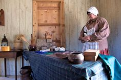 Park visitors learn about the common foods during the colonial era. Colonial, Fish, Foods, Park, Learning, Christmas, Food Food, Yule, Xmas