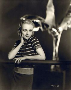 summers-in-sunnydale:  Carole Lombard,1931