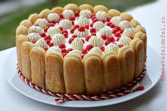 TORT CU IAURT SI FRUCTE - Rețete Fel de Fel Romanian Food, Sweet Cakes, Tiramisu, Cheesecake, Deserts, Dessert Recipes, Food And Drink, Cooking Recipes, Vegetarian