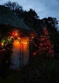 A Cozy English Cottage Decorated For Christmas — THE NORDROOM Zara Home Christmas, Ikea Christmas, Large Christmas Tree, Cosy Christmas, Xmas, Merry Christmas, Modern Cottage Style, Cottage Style Homes, English Country Cottages