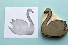 sculpté à la main de silhouette Swan timbre en caoutchouc, tampon de caoutchouc à la main