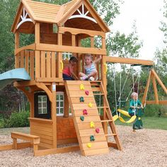 The old woman who lived in the shoe had so many children she didn't know what to do. If only she'd had the Summerstone Play / Swing Set by KidKraft. Swing Set Kits, Play Swing Set, Backyard Playset, Backyard Playground, Outdoor Play Areas, Outdoor Fun, Pallet Playhouse, Pergola Designs, Diy Pergola