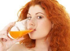 Red hair boost, color it with beet juice and carrot juice Carrot Juice Benefits, Juicing Benefits, Health Benefits, Juicing Vs Smoothies, Juice Smoothie, Dietas Detox, Juice Cleanse Recipes, Bebidas Detox, Free Diet Plans
