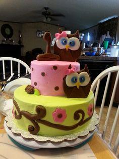 Adorable owl cake!!