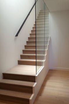 Frameless Concealed staircase balustrade