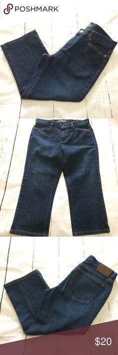 """1 Day $ale Lauren Ralph Lauren Women's Capris Women's Lauren Ralph Lauren Denim Capris. Four pockets. Size 4. Waist 30""""  Rise 8 1/2 inches. Inseam 20 inches. Lauren Ralph Lauren Jeans"""