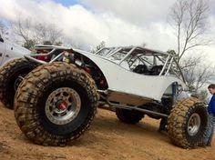 New WFO buggy!!!!! #mean #wfo #WFO #white #rockbouncer #fast #race #ultra4