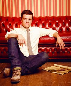 Love a guy in a shirt and tie <3