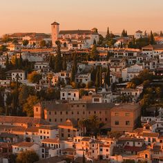 Sunset in Granada, looking at the Albaicin. Unbelievably lucky, that I called this city my home for 6 months. Granada Andalucia, Granada Spain, Andalusia Spain, Oh The Places You'll Go, Places To Travel, Places To Visit, Sierra Nevada, Countries Around The World, Around The Worlds