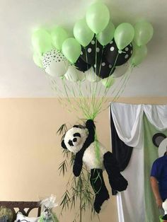Baby Shower Ides Decoracion Panda New Ideas Panda Themed Party, Panda Birthday Party, Panda Party, Bear Party, Bear Birthday, 6th Birthday Parties, Theme Bapteme, Fete Emma, Panda Decorations