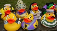 The river Derwent Derby, in aid of sight support derbyshire. Giant ducks are for sale for 30 pound, great if you want to enter the race with a group or if you want to sponsor as a company. You have to pimp the duck first! So look at these great ducks!