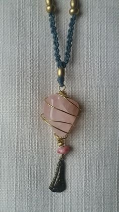 Rosequartz heart pendant by Weavedmagic on Etsy