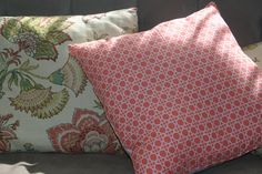 Napkins into pillows... easy DIY pillows