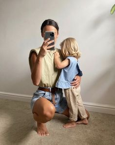 Cute Little Baby, Mom And Baby, Mommy And Me, Little Babies, Baby Boys, Cute Babies, Cute Family, Baby Family, Baby Pictures