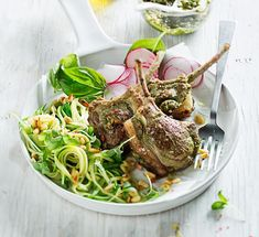 Forget the traditional braai. These stuffed lamb chops by Siba Mtongana are deliciously decadent. Food N, Good Food, Lamb Chops, Spaghetti Recipes, Delish, Beans, Forget, Healthy Recipes, Traditional