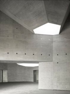 Nieto Sobejano Arquitectos Create a Sculptural Museum Using Geometry and History | Architect Magazine | Concrete Construction, Cultural Projects, Roofing, Enrique Sobejano, Fuensanta Nieto, Nieto Sobejano Arquitectos