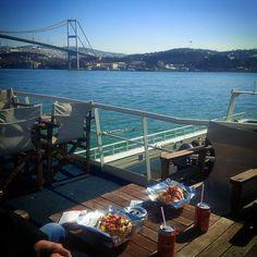 Bosphorus / İstanbul - TÜRKİYE  #istanbul #bosphorus #lunch #travel #travelling #travelgram #traveller #bridge #nofilter #sony #xperia #traveler #wanderlust
