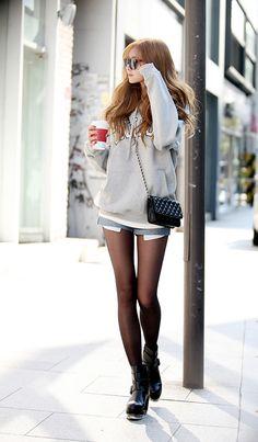 Moletom + Comprimentos mini (saias e shorts)