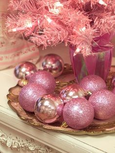I'm Dreaming Of A Pink Christmas