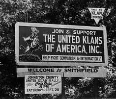 I used to pass this sign on the way to the beach back in the 70s. Scary