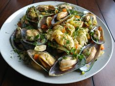 Cream Pasta with Mussels, Celery and Carrots #Pasta #Seafood