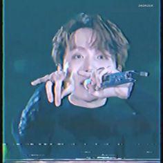 Foto Jungkook, Foto Bts, Bts Jimin, Hoseok Bts, Bts Taehyung, Bts Funny Videos, Bts Aesthetic Pictures, Bts J Hope, Kpop