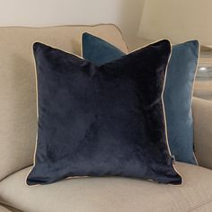 Velvet Pillow Cover, graphite pillowcase, Velvet cushion Cover with Gold piping, 45x45cm, smooth cover pillow, piped decorative pillow Navy Blue Cushions, Purple Pillows, Velvet Cushions, Decorative Cushions, Decorative Pillow Covers, Pipe Decor, Pillow Cases, Cover Pillow, Tropical Pattern