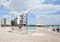 Created by London-Sussex based practice ECE Architecture, the Mirrored beach hut is a creative art installation on Worthing beach, Sussex UK. British Beaches, Uk Beaches, Seaside Resort, Seaside Towns, Architecture Journal, Cubic Architecture, Thomas Heatherwick, Treehouse Hotel, Costa