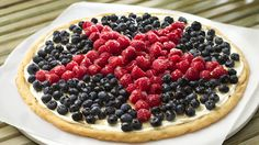 Independence Day Fruit Pizza