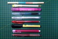 MATERIAL BÁSICO PATCHWORK - MIMANA PATCHWORK Office Supplies, Sewing Needles, Sewing By Hand, Beginner Sewing Patterns, Sewing Tutorials, Chalk Markers, Ironing Boards, Threading