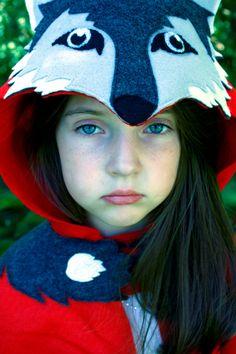 Jeu de Costume petit chaperon rouge et le grand méchant