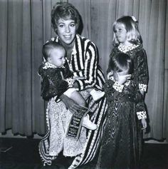 Carol and her kids Carol Friends, Friends Tv, Classy People, Carol Burnett, Julie Andrews, Old Soul, Iconic Women, Dancers, Comedians
