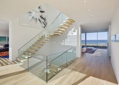 The Bay House / Roger Ferris + Partners