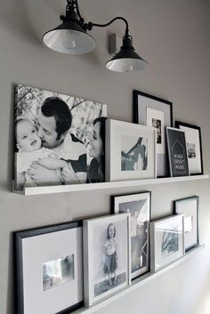 12 Shocking Ideas to Create Nice Looking Family Gallery Wall// gallery wall inspiration, arrangements, styling, home decor for every part of the house, interior decorating Home And Deco, Home And Living, Small Living, Living Area, Diy Home Decor, Art Decor, New Homes, House Design, Wall Design