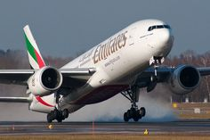 Read about the World's Longest Flight with Emirates! there will be a new longest flight - Emirates will begin flying from Dubai to Panama City. Aviation Blog, Long Flights, Panama City Panama, Reading, World, Word Reading, Reading Books, The World, Earth