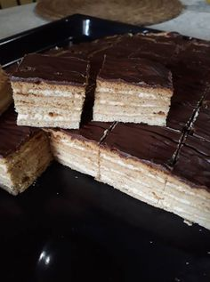 Mézes – krémes, már régóta vágytam erre a sütire, hát most nekiláttam és elkészítettem! Tiramisu, Recipies, Food And Drink, Drinks, Ethnic Recipes, Sweet Recipes, Cooking, Food Cakes, Recipes