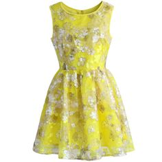 Chicwish Summer Flower Organza Dress in Bright Yellow (975 MXN) ❤ liked on Polyvore featuring dresses, vestidos, robe, short dresses, yellow, yellow summer dress, fit and flare cocktail dress, fit and flare dress and summer print dresses