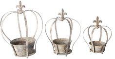 Esschert Design USA AM01 Aged Metal Crown Planter, Set of 3 Esschert Design USA http://www.amazon.com/dp/B003TEG6ZC/ref=cm_sw_r_pi_dp_F-JJtb13M2S3VHVP