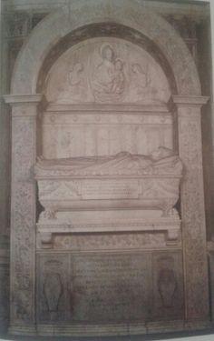 Monumento fúnebre de los cardenales Cristoforo y Domenico della Rovere. Creada por Andrea Bregno y Mino da Fiesole. Ubicaso en Santa Maria del Popolo, Roma, Italia.