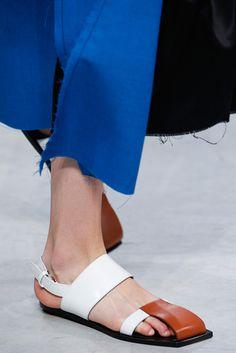 2016春夏プレタポルテコレクション - マルニ(MARNI)クローズアップ コレクション(ファッションショー) VOGUE