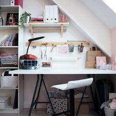 Tadaaam! Nie mam siły się rozpisywać. Dajcie znać czy Wam się podoba. Ja jestem zachwycona! 💛 _______________________________Hello guys! My wooly workspace is ready! If you like it please don't forget to leave a 💛#getorganized #getcozy #wool #woolyarn #workspacegoals #workspace #homeofficeideas #workspaceideas #pinterest #polskadziewczyna #knittinginspiration #knittersofinstagram #knitterstudio #polishknitters #rękodzieło #recznierobione #ikeahacks #ikeashelves #diyhomedecor #homedecore #d
