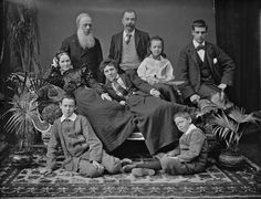 An unidentified, thoroughly interesting, and fun looking Irish family from the… Antique Photos, Vintage Pictures, Vintage Photographs, Old Pictures, Vintage Images, Old Photos, Time Pictures, Family Portraits, Family Photos